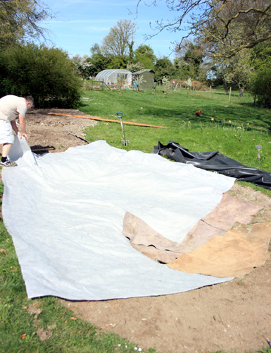 How to build your own wildlife pond 1 for Making a pond with liner
