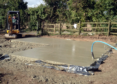 laying-a-concrete-slab