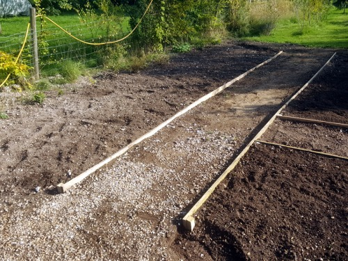 Timber path edging